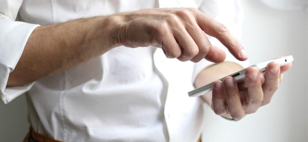 reconnaissance vocale médicale homme téléphone mg santé